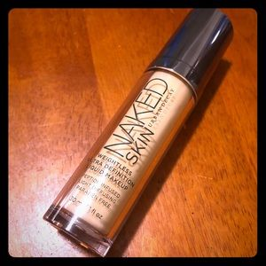 Urban Decay Naked Skin Weightless Foundation